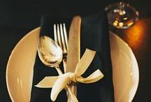 +++ BLACK & GOLD +++ / Black and gold wedding deco and details inspiration board