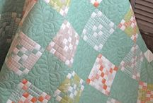 Quilts-Traditional / by Connie Cawley