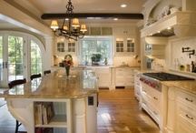 Kitchens / by Jennifer Cripps