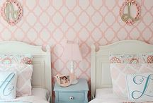 Bay's room / vintage girls' bedroom with a country twist / by Cris M.