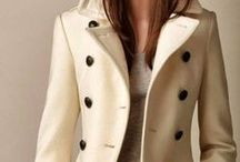 Frantic Mama Style / I love clothes! Classic with a twist ;).