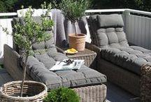 Parvekepuutarhat - Balcony gardens