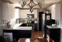 Kitchen / by Hope Gividen Sargent