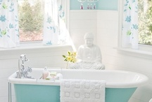 Bathroom I love... / by Theresa Fulgoni-Chittock