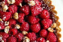 Yummy...desserts / by C'est Moi