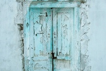 When one door closes, another one opens / by Patti Brockhoff Hobin