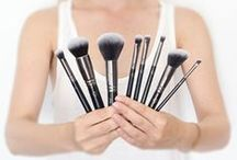 LAURENA Makeup Application Tools / Take a look at our collection!