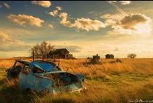 ---Oublié--- / ...D`une tristesse infinie...Un jour, la vie y fut heureuse... / by Helene Paradis