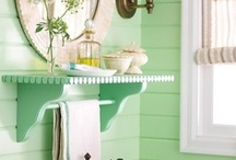Fashionable bathrooms / by Bethany Hargett