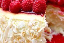 Beautiful Cakes / by Linda Wilson's TUPPERWARE