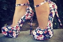 Shoes / by Lauren Weir