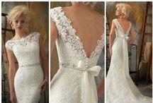 WEDDING DRESSES / by Lianne La Touche