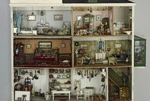 Dolls Houses and mini house items / Small things to dream about