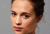 Women - brunette