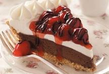 Dessert / by Juanita Daigle