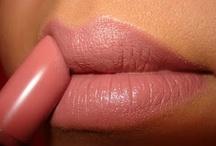 **make-up** / by Vanessa Martins