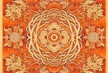 Decorating: Shades of Orange / by Judy Fagotti