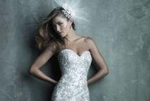 33 Stunning Wedding Dresses / 33 different styles of stunning wedding dresses for your special day!