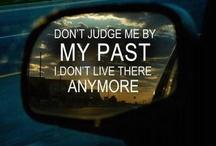 Words to live by / by Jennifer Aldo