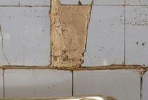 WABI SABI - KINTSUGI - YAKISUGI / Wabi Sabi decoration and craft, Kintsugi and Kintsukuroi, Yakisugi (the art of burning wood), Shabby Chic // The Kintsugi is a Japanese art of repairing broken pottery. Kintsukoroi belongs to kintsugi craft (when using a powder mix of silver or gold).   Muneaki Shimode and Takahiko Sato introduced this art in London.