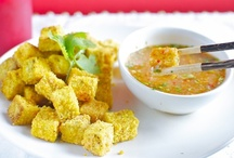 Tofu Goodness (and other non-meats) | Recipes / Recipes for tofu and other meat substitutes. Includes tofu recipes, tempeh recipes, seitan recipes, jackfruit recipes, and more! Get my own tofu recipes here: https://bigflavorstinykitchen.com/tag/tofu/ & follow my other boards here: https://www.pinterest.com/bigflavors/boards/