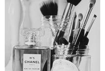Make Up / Makeup!