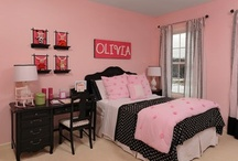 Girlie Room / Back to Pink Again! / by Betty Malik