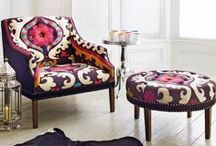 Home-Chairs & Couches / by Amanda Van Sandt