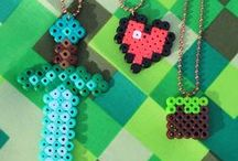 Minecraft crafts and parties / Minecraft inspired arts, crafts, room decor and party ideas for big and little kids alike!