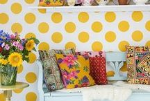 Decorating / by Lisa Manche