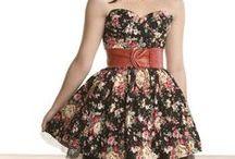 Dresses That I <3 / I Love Me Some Dresses. / by Lyndi Hoffman