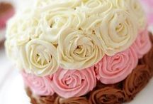 Cake Decorating Inspiration / by Jennifer Cabralda