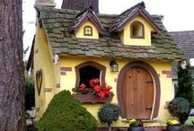 Itty Bitty Houses / I have an odd fascination for little houses... / by Robin Allison