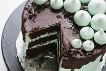 Cake / by Lisa Manche