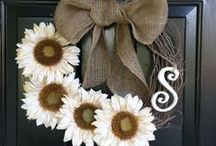 DIY Wreaths and Floral / by Dana Anderson Brooks