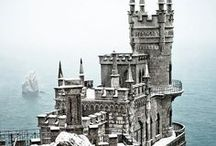 Castles / Step back in time with these age-old castles.