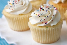 Cuppies!! / Cute Lil' Cupcakes! / by Row Row