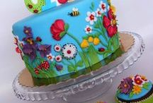 cakes / by Roxanne Wiseley