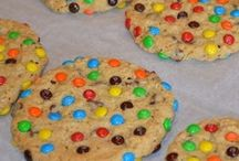Cookies 'n' Biscuits / by Penny Rennison