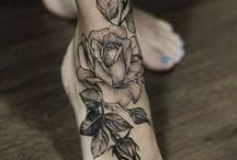 tattoo & piercing / by Nicole Thompson