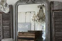 Time for Reflection / Beautiful wall mirrors to take reflection.