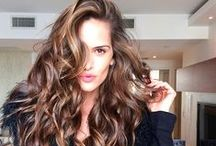 Izabel Goulart Hair / by Adriana Martins
