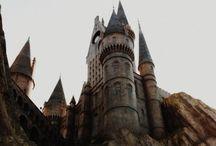 Hogwarts / Draco dormiens nunquam titillandus