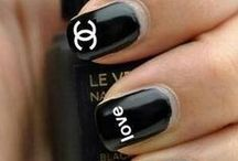 Nails ✨ / by Mackenzie Kneer