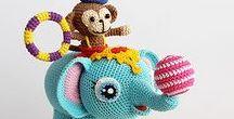 Crochet and Knit Softies / Super cute crochet and knit softies, crochet softie patterns, crochet softie tutorials