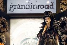 Scare At Herald Square / Greeting Halloween enthusiasts from New York City (and the beyond), take a look inside Grandin Road's first-ever pop-up shop! http://www.grandinroad.com/blog/pop-up-shop/