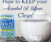 DIY Natural Cleaning Recipes / Recipes and DIY's for natural cleaning solutions and cleaners.  Recipes for the bathroom, kitchen, windows, toilet, floor, dishwasher and more!
