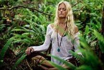 Namasté / Yoga / by Annelise Stys