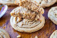 Cookie addict / by Rosalyn Garlington Gulley