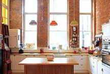 Stoke Newington Apartment / A colourful eclectic apartment in London design by Avocado Sweets Interior Design Studio.